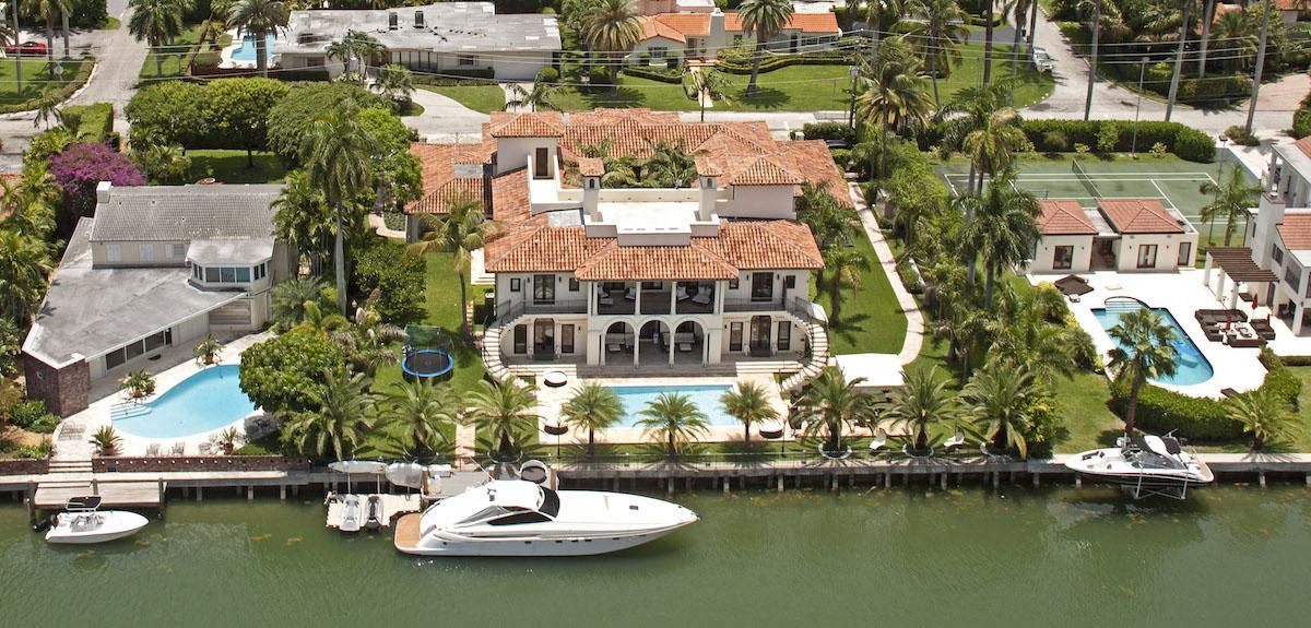 Особняки и виллы в Майами Featured