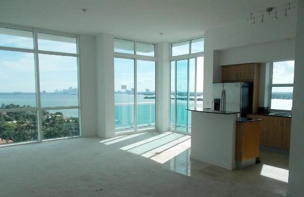360 Condominium - Image 2