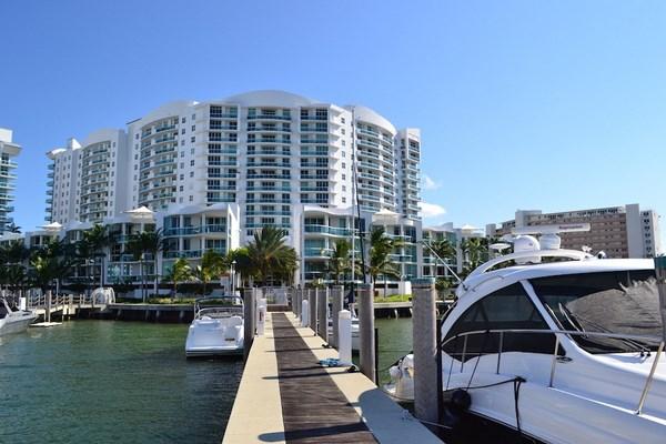 360 Condominium - Image 4