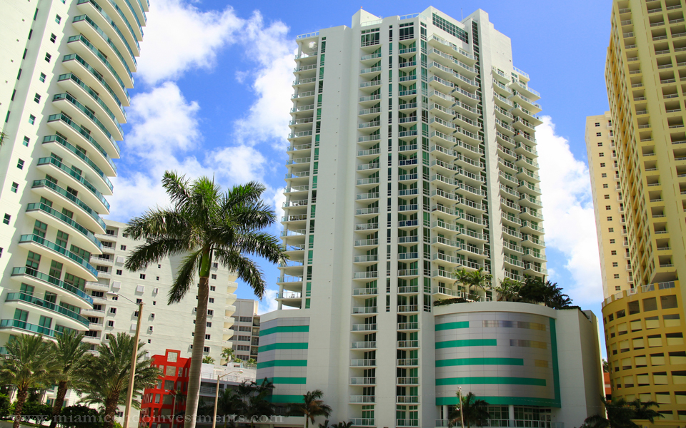 Emerald At Brickell - Image 1