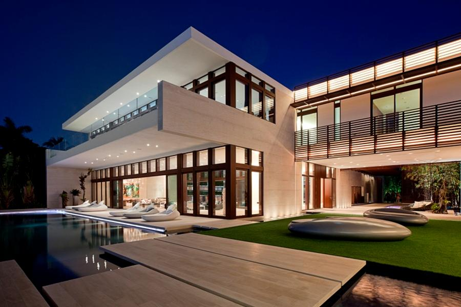 Luxury Homes are luring Millionaires into Miami Featured