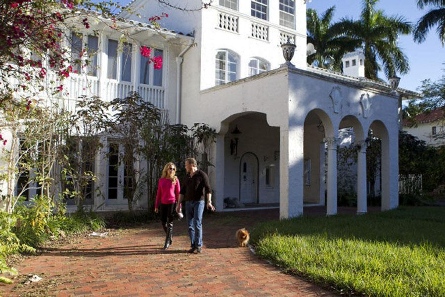 Star Island Mansion Featured